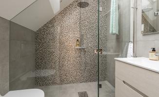 Badrum en suite_DSC_1397_Fasad